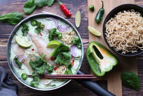 Thaigryte med torsk og nudler oppskrift