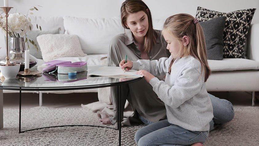 Hvordan lære barn bedre engelsk og øve på det hjemme